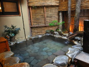 源泉かけ流し100%の露天風呂付客室(渋温泉 古久屋)