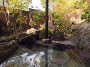 全室温泉かけ流しの露天風呂付離れ(由布院緑涌)